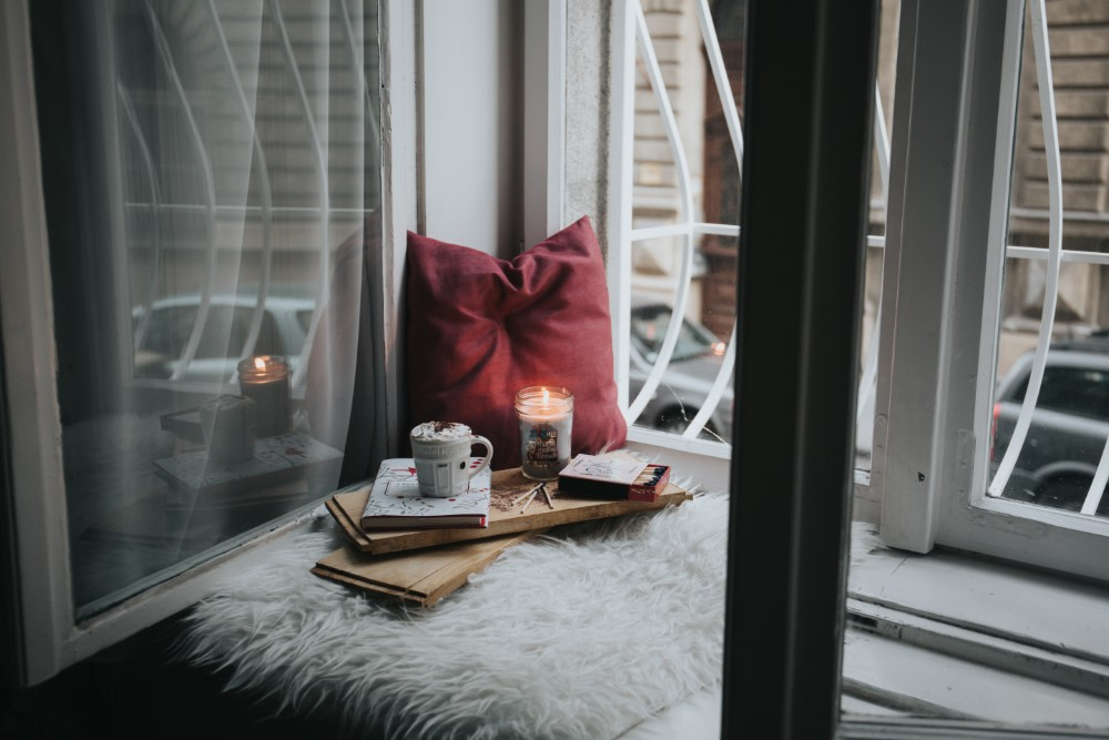 Ways To Decorate Your Apartment For Autumn - Eight Eleven Uptown